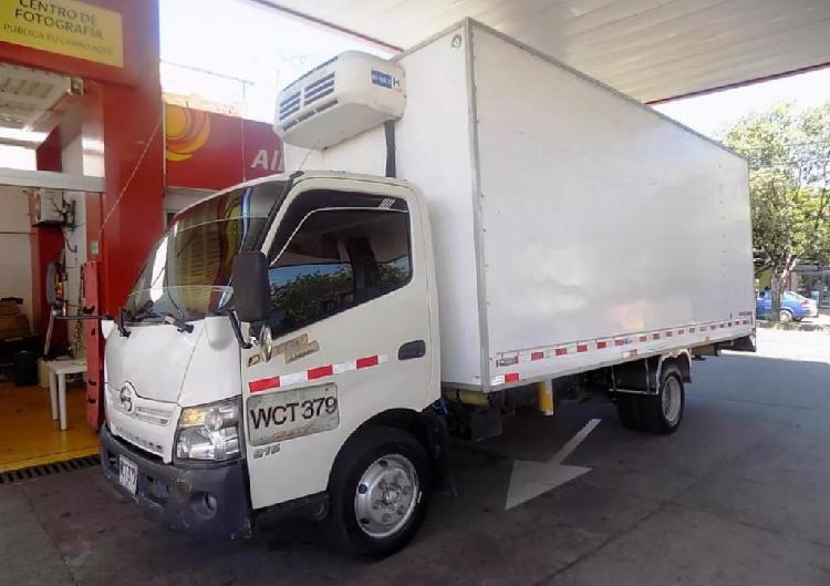 Hino dutro max furgon termoking