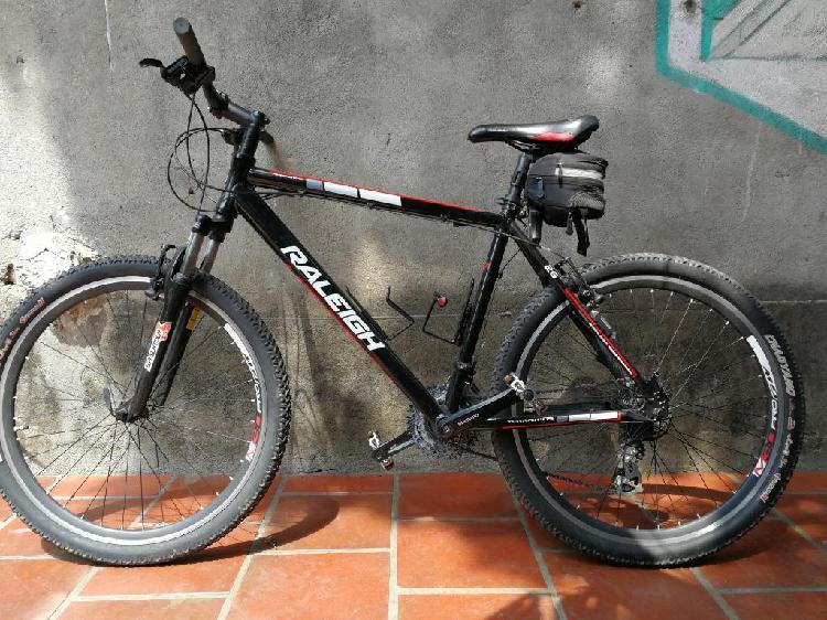 Bicicleta raleigh rin 26 marco talla l