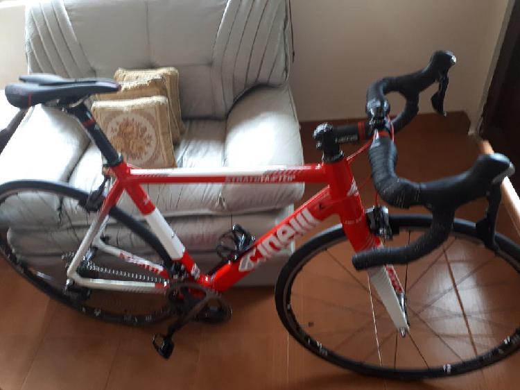 Bicicleta ruta carbono cinelli 54, ultrg