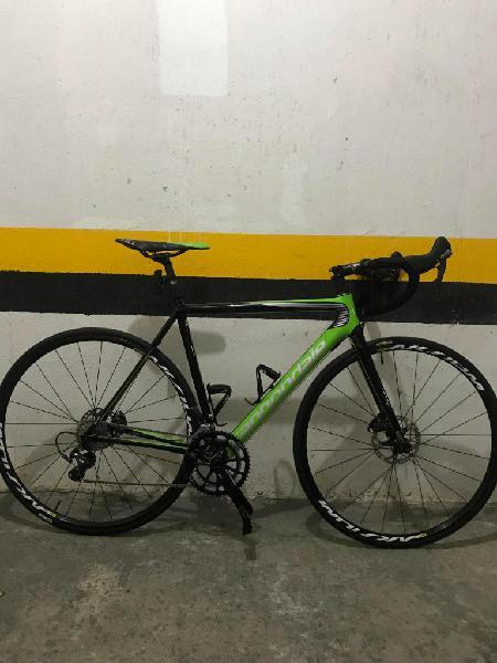 Bicicleta de ruta cannondale supersix evo carbono talla 52