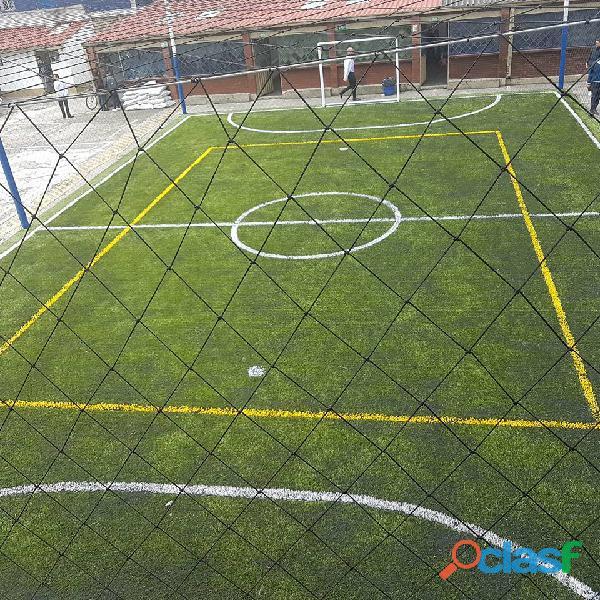 Malla en nylon para canchas de fútbol