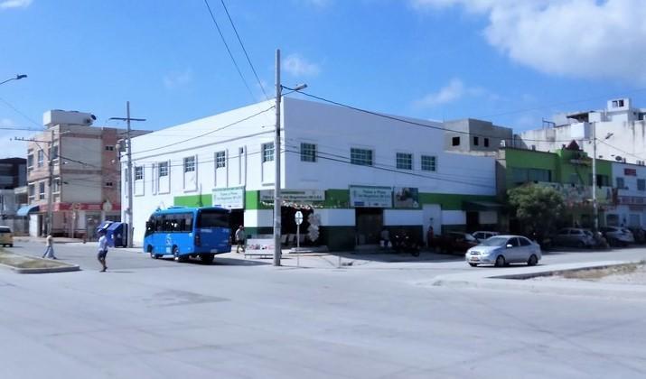 Amplio local comercial en la troncal del caribe, sector