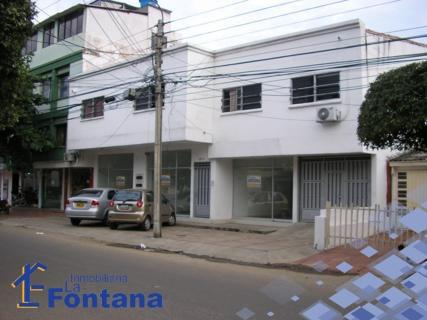 Cod: 775 arriendo local comercial en barrio blanco