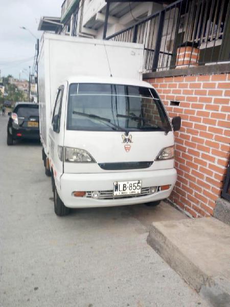 Se vende camioneta furgon chana 2009