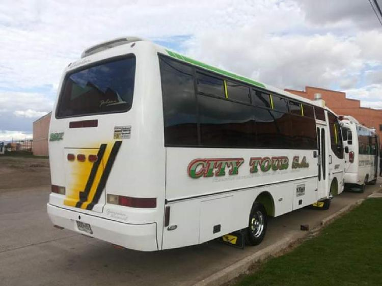 Vendo bus mitsubishi canter consentida