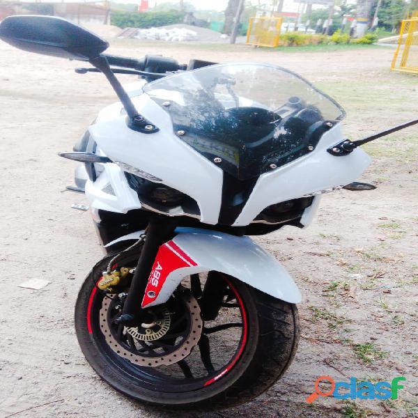 Vendo moto pulsar rs 200 abs 2017