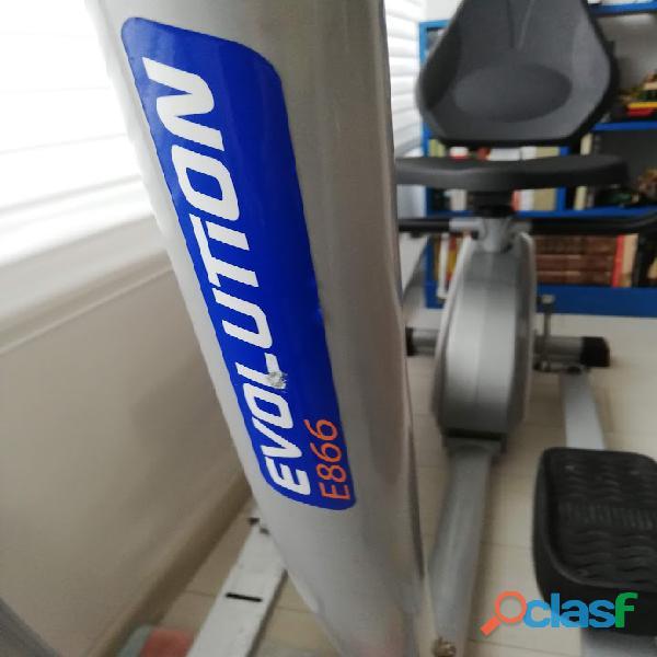 Bogotá. vendo elíptica evolution e866 fitness,
