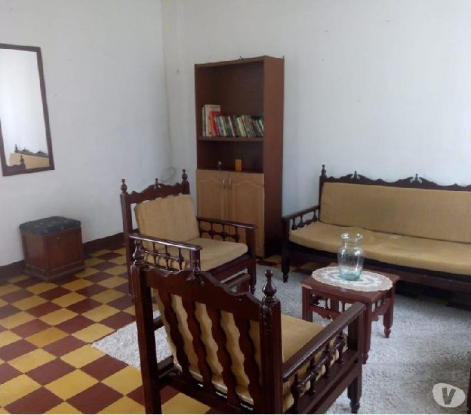 Habitacion amoblada disponible en prado centro