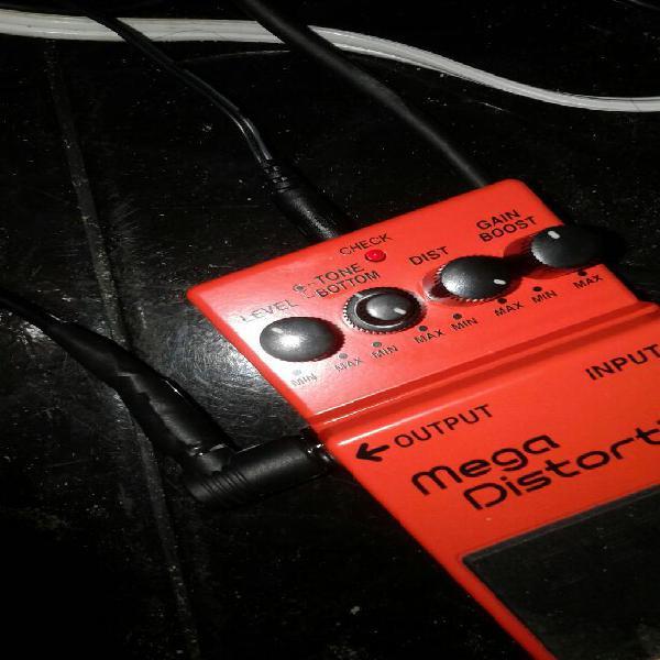 Pedal boss md2 mega distortion