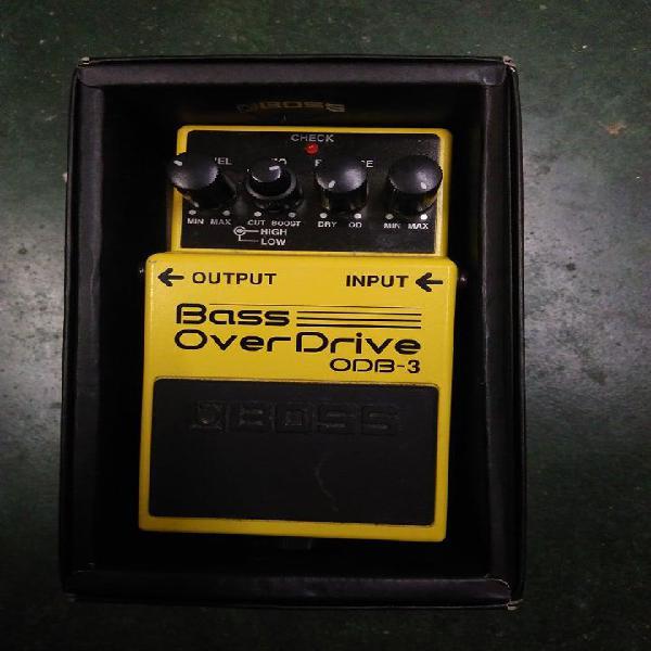 Pedal para bajo bass overdrive odb3