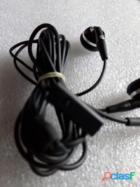 Audífonos manos libres motorola originales.