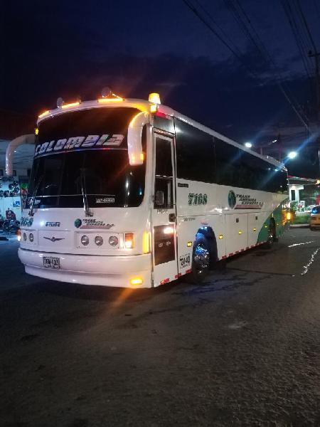 Bus mercedes 2003 turismo permuto