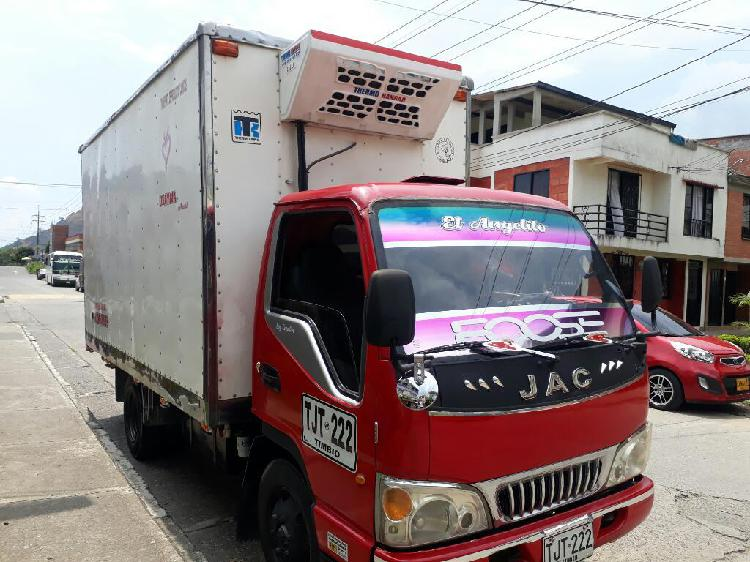 Jac 1040 modelo 2013 pasa bascula 3300