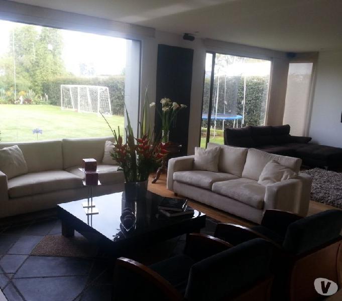 Magnifica casa en condominio san jacinto, chia