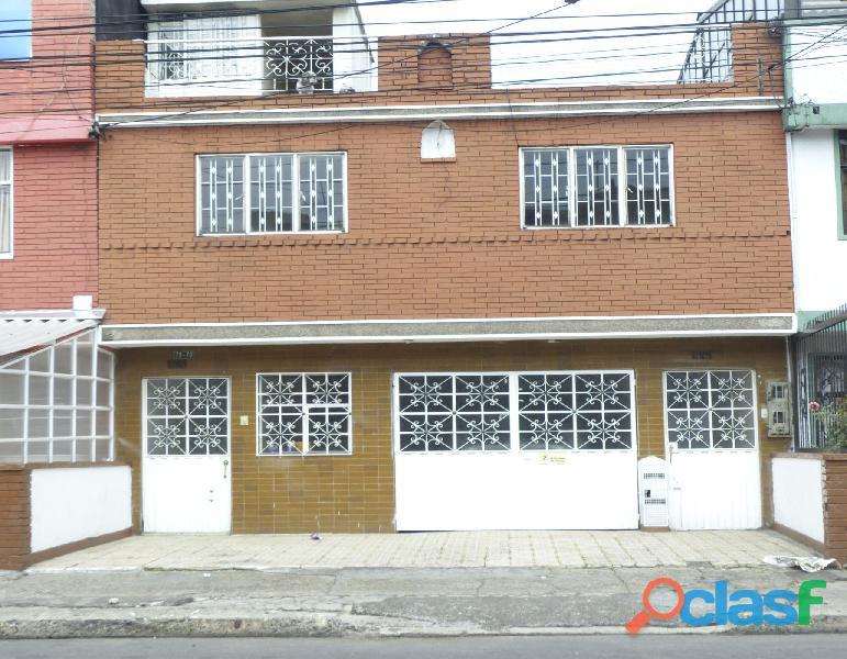 Oportunidad, Casa De Dos Pisos, Bogotá Santa Helenita