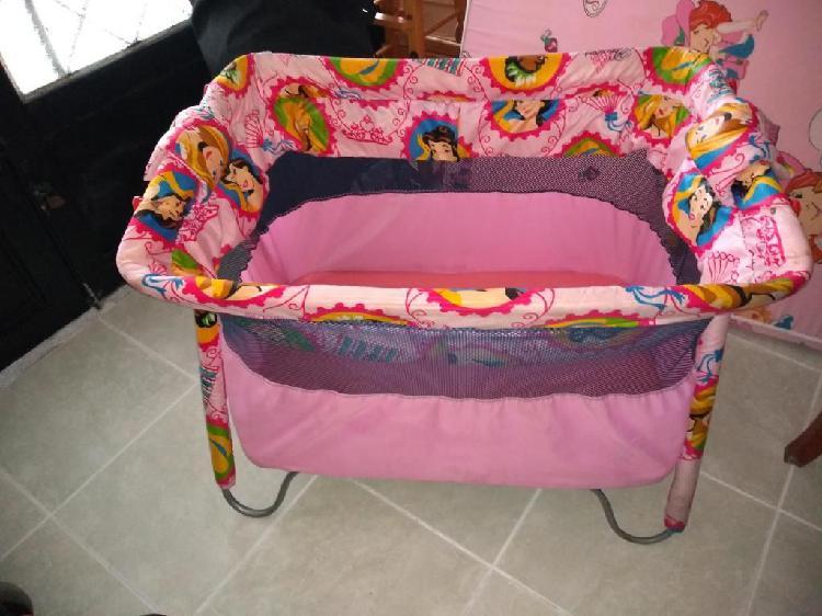 Se vende artículos para bebe usados en buen estado
