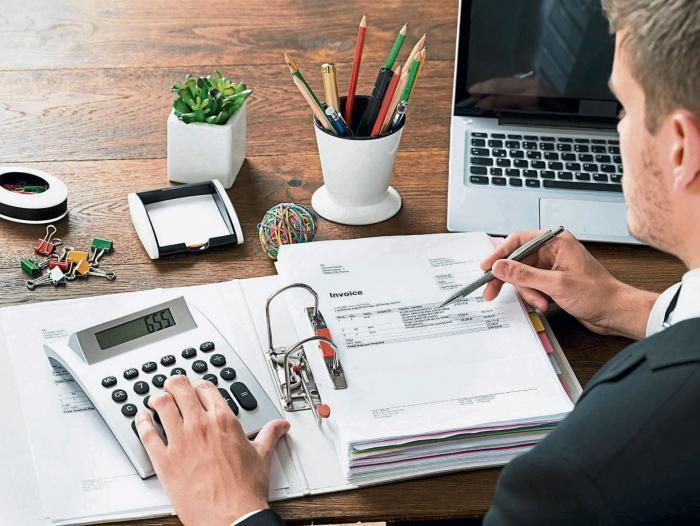 Ofrezco mis servicios en asesorías contables y