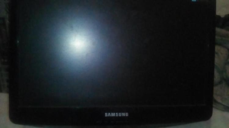 Monitor pantalla samsung lcd 19 pulgadas