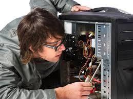 Mantenimiento y reparación de computadores de mesa y