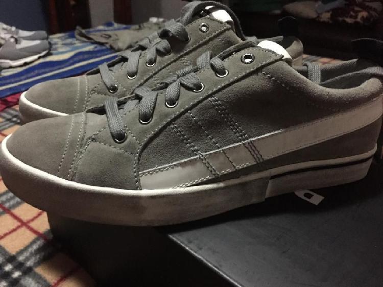 Zapatos diesel originales para hombre