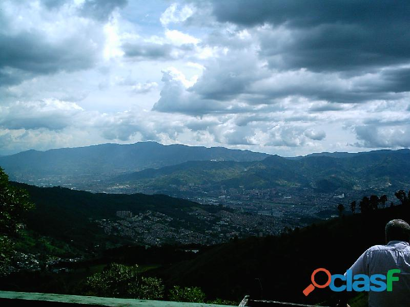 ECOTURISMO Y GLAMPING con Vista Panorámica de Medellín a 25 Min. del Poblado 5
