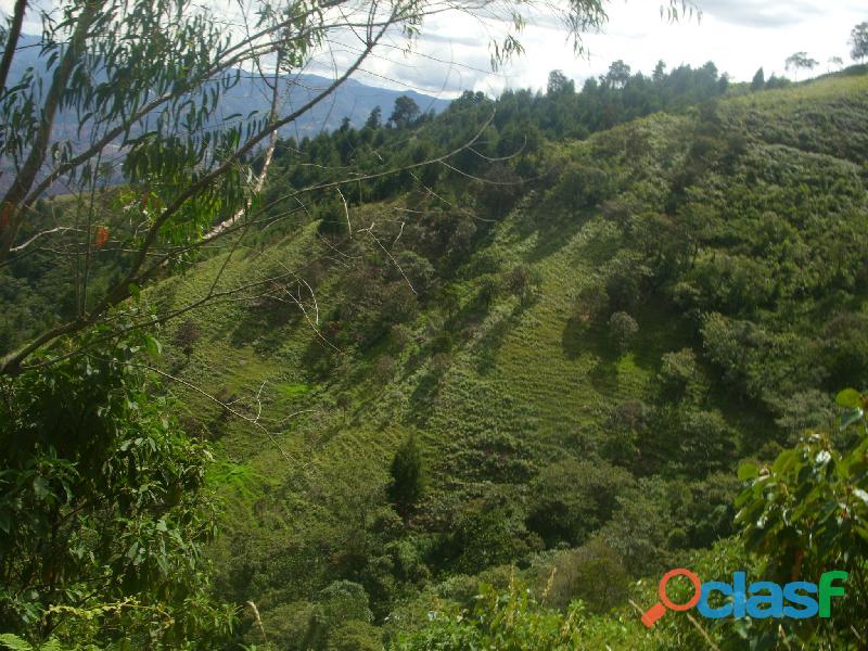 ECOTURISMO Y GLAMPING con Vista Panorámica de Medellín a 25 Min. del Poblado 6