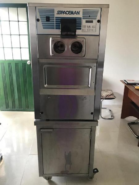 Maquina de helado spaceman 6225