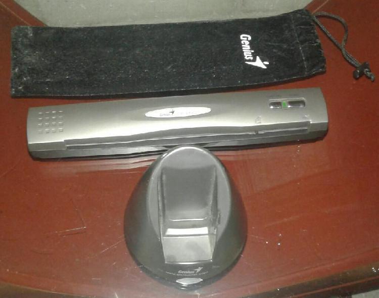 Escáner portátil genius cp- sf600