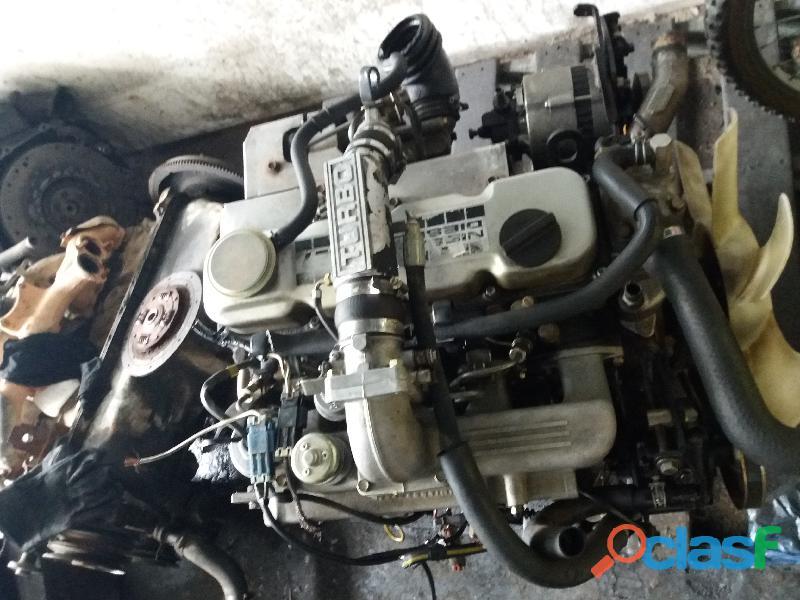 Motor diesel nissan td27 turbo
