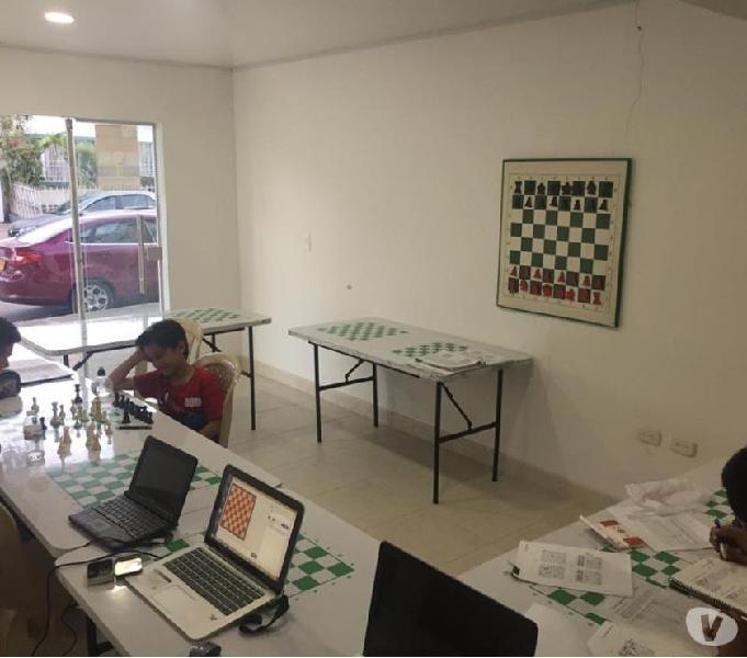 Academia escuela de ajedrez millennials chess