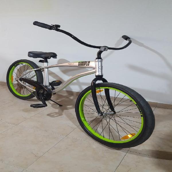 Bicicleta playera marca giant