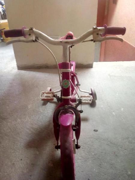 Super bicicleta para niña pequeña