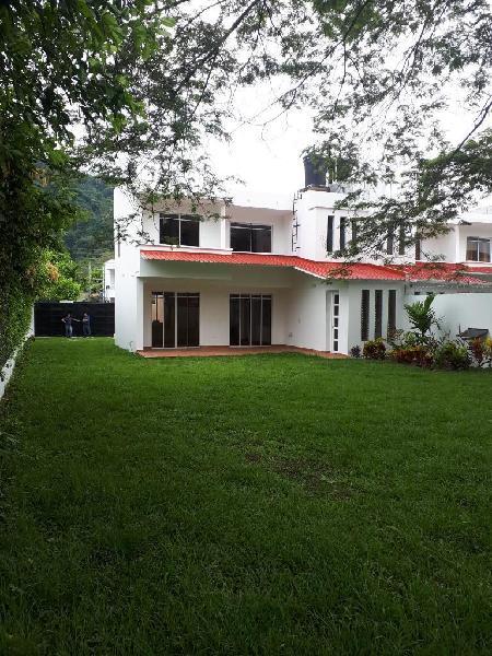 Hermosa casa quinta sector campestre