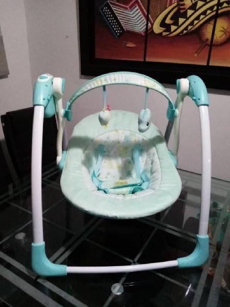Combo silla comedor joy dots blue y columpio eléctrico para