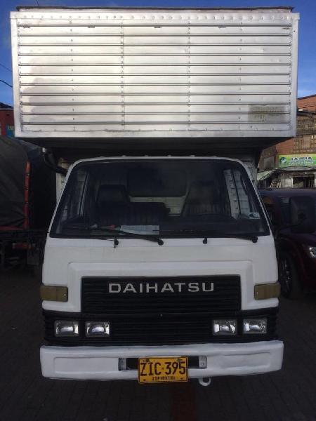 Daihatsu delta v118lhy