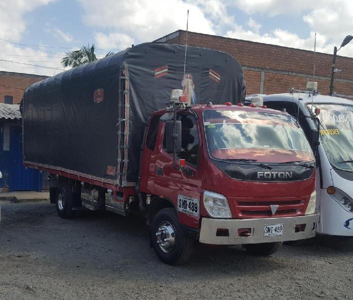 Foton modelo 2012 estacas con motor cummins para 7 toneladas
