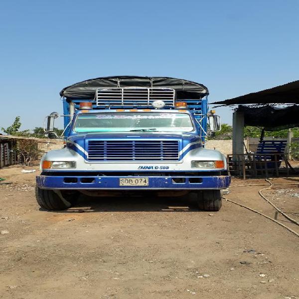 Vendo camion international o permuto