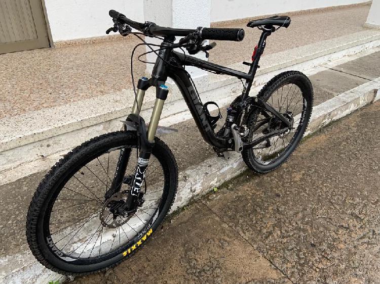 Vendo bicicleta doble suspención