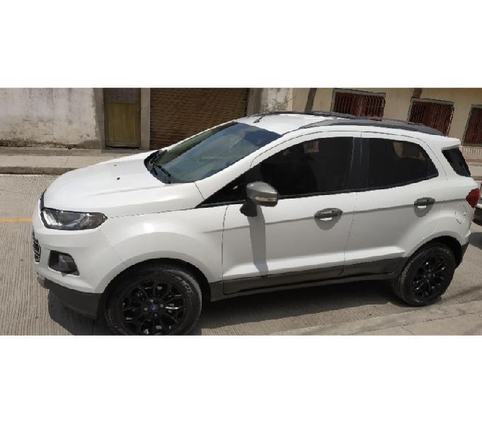 Se vende ford ecosport 2014 negociable.