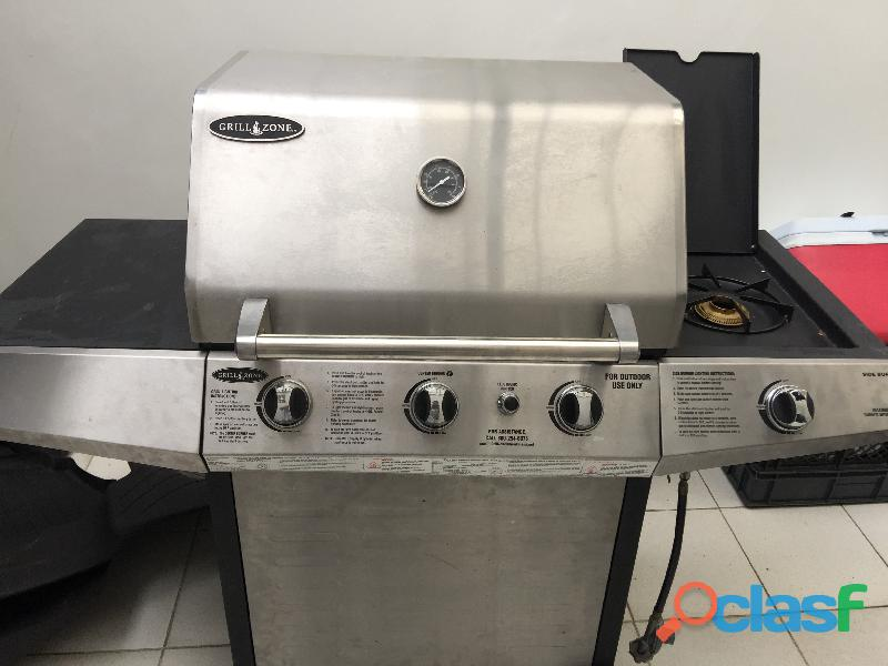 Asador grill zone excelente precio y estado.