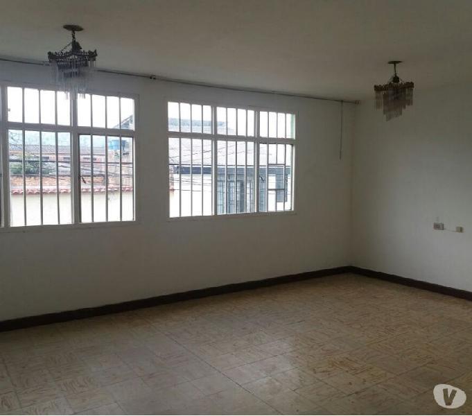Arriendo apartamento en el barrio belalcazar