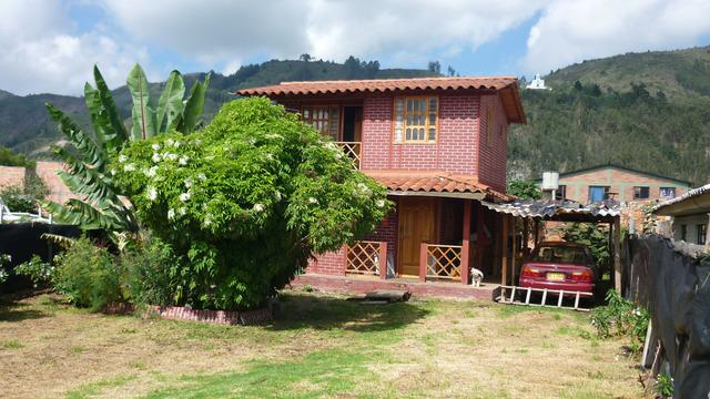 Casa rural con terreno en chia