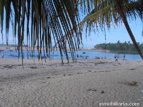 Casa en santa marta en venta, playa de las cabañas de