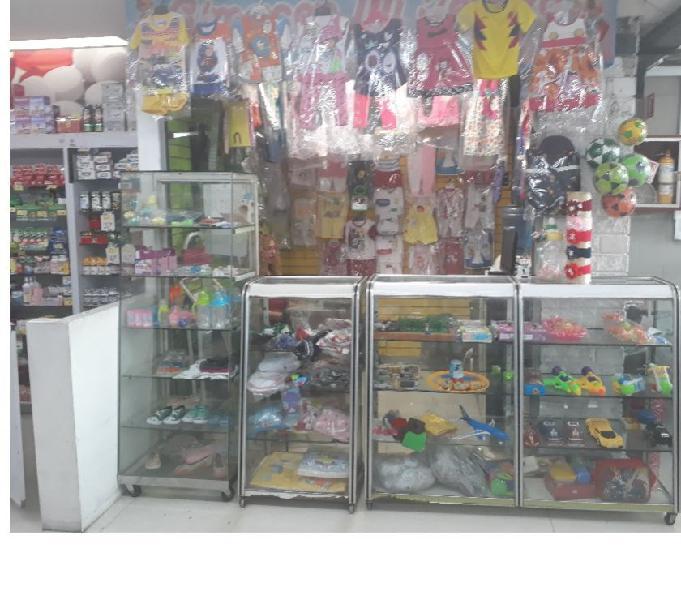 Ganga, se cede almacén de bebé, junior y juguetería