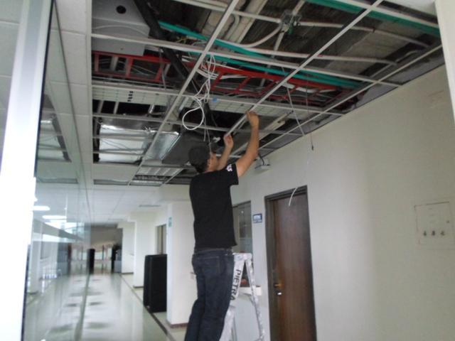 Instalacion cielo rasos oficinas