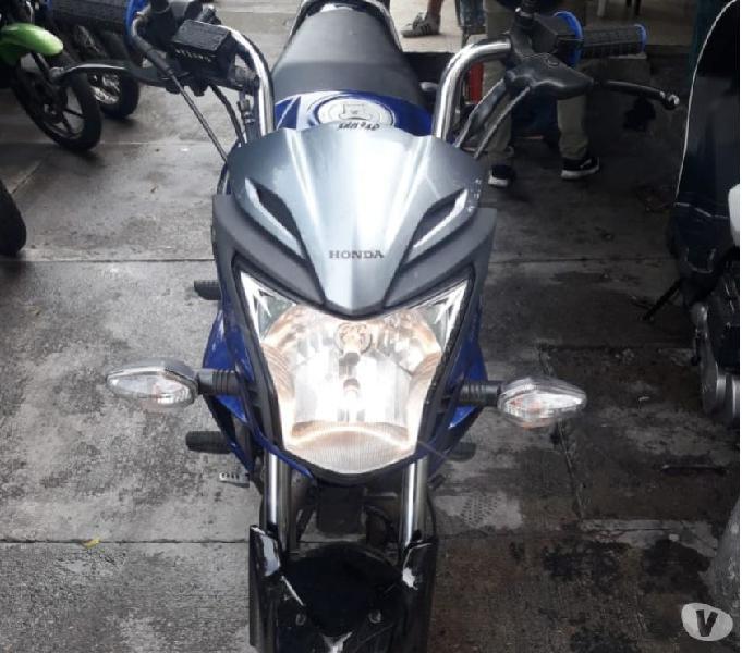 Moto Honda 150 Invicta