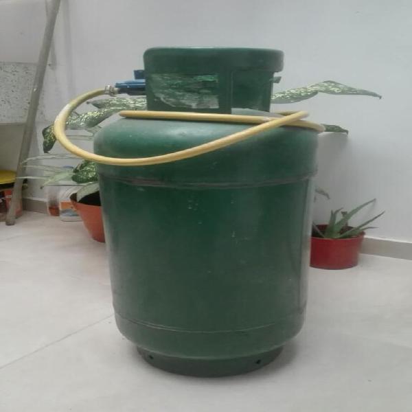 Pipa de gas cilindro 40 lb regulador