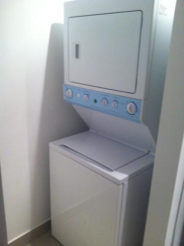 Vendo torre lavadora secadora frigidaire (buen estado)