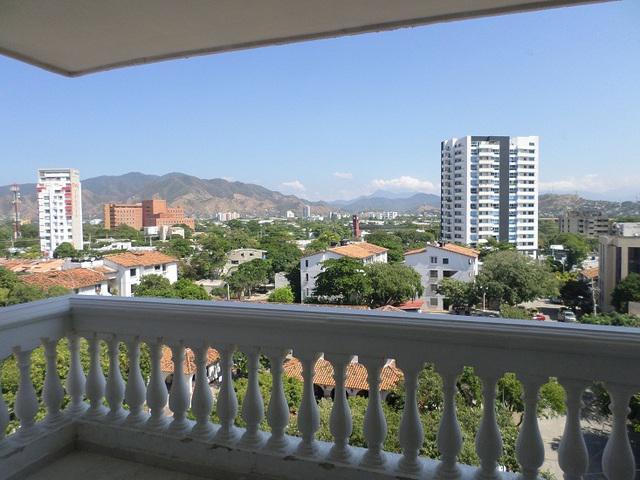 Apartamento grande en venta sector residencial de santa