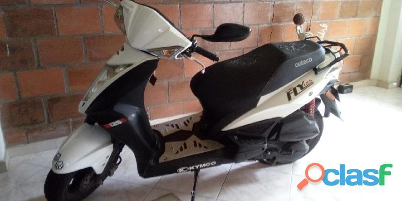 Vendo espectacular moto auteco kimco fly 125 mod. 2015